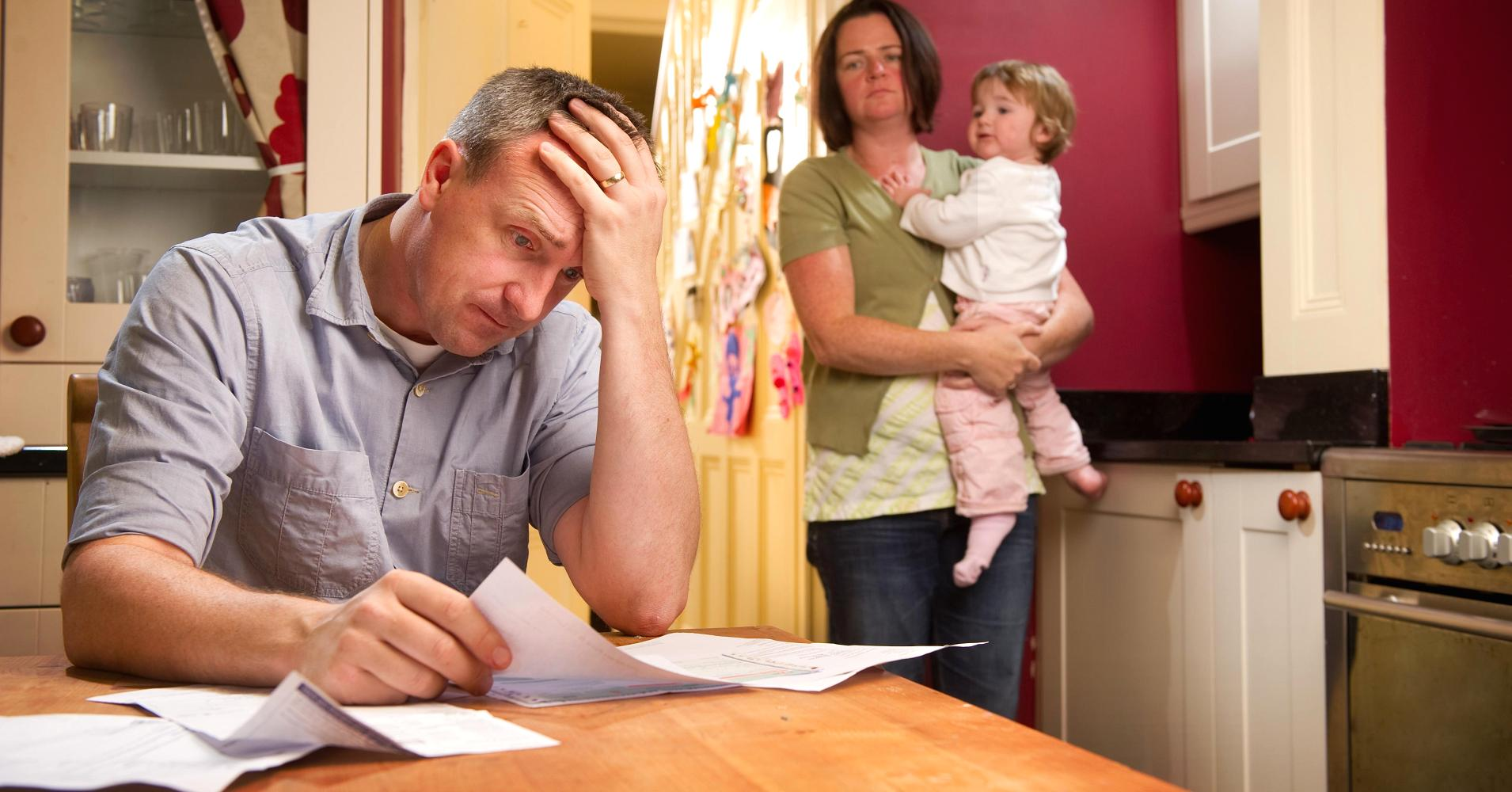 family stress Routine stress related to the pressures of work, family, and other daily responsibilities stress brought about by a sudden negative change, such as losing a job, divorce, or illness traumatic stress, which happens when you are in danger of being seriously hurt or killed.